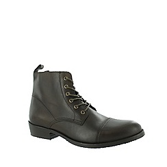 Marta Jonsson - Brown men's ankle boot with laces