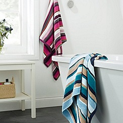 Christy - Lagoon 'Georgia Strip' towels