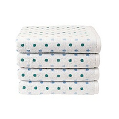 Christy - Pink 'Candy Spot' towels