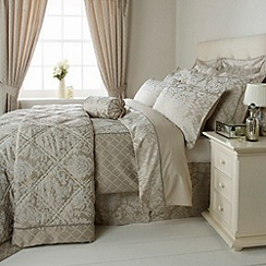 Christy - Latte 'Regency Damask' bed linen
