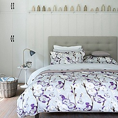 Christy - Purple 'Grace' bed linen
