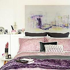 Christy - Grape 'Katie' Bedding