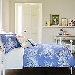 Christy - Smokey Blue 'Wisteria' Bedding