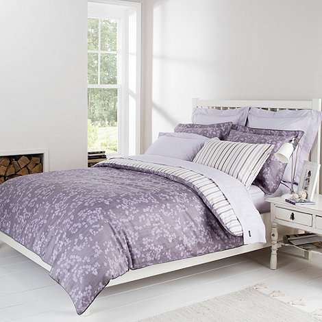 Christy - Lilac +Painted Leaf+ bed linen