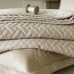 Christy - Sand 'Trellis' Bedding