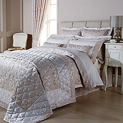 Christy - Ivory 'Marianne' bed linen