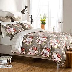 Christy - Mocha 'Rose Bouquet' bed linen