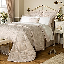 Christy - Champagne 'Figaro' Bed linen