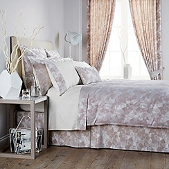 Christy - Taupe 'Mosaic' bedding