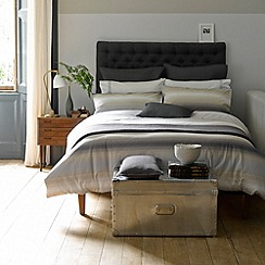 Christy - Oyster 'Hanover' 180 thread count cotton percale duvet set