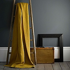 Christy - Chartreuse 'Atlas' cotton waffle throw