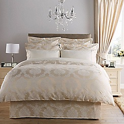 Christy - Calico 'Romeo' duvet set