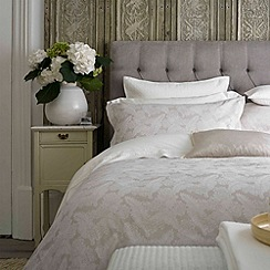Christy - Pearl Grey 'Emily' 200 Thread Count Cotton Percale Duvet Set