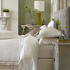 Christy - White 'Penny' 300 Thread Count Cotton Sateen Duvet Set