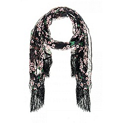 Quiz - Black Floral Tasseled Scarf