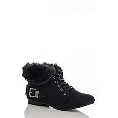 Quiz - Black faux fur collar ankle boots