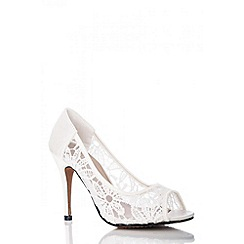 Quiz - Cream Lace Peep Toe Court Shoes