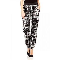 Quiz - Black line print harem trousers