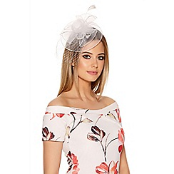 Quiz - White diamante rose fascinator