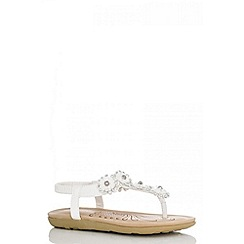 Quiz - White 5 Flower Flat Sandals