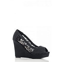 Quiz - Black Mesh Diamante Wedges