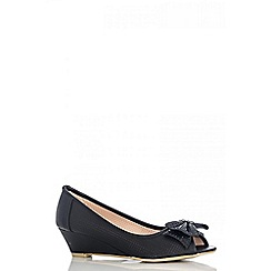 Quiz - Black diamante bow wedges