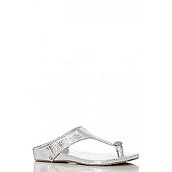 Quiz - Silver Diamante Toe Ring Flat Sandals