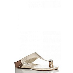 Quiz - Gold Diamante Toe Ring Flat Sandals