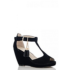 Quiz - Black Tassel Wedges