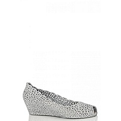 Quiz - Silver Glitter Jelly Wedges