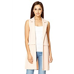 Quiz - Blush pink crepe long sleeveless blazer