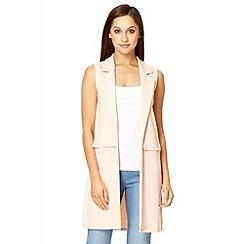 Quiz - Blush pink crepe long sleeveless blazer