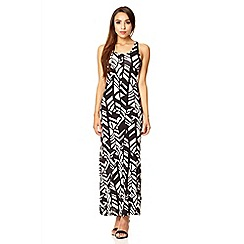 Quiz - Black geo print strap back maxi dress
