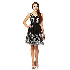 Quiz - Black lace flower embroidered prom dress