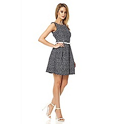Quiz - Navy daisy print belt skater dress