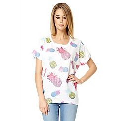 Quiz - White diamante pineapple print top