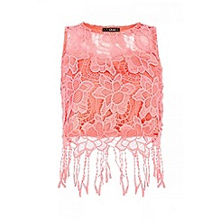 Quiz - Coral crochet fringe hem top