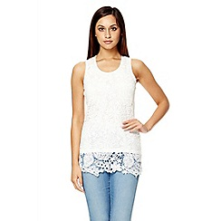 Quiz - White lace bow back top