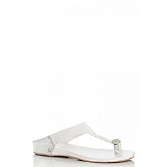 Quiz - White Diamante Toe Ring Flat Sandals