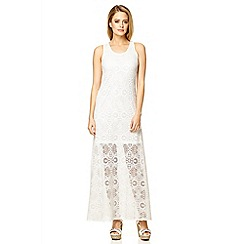 Quiz - Cream lace sleeveless maxi dress