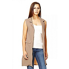 Quiz - Camel crepe sleeveless split waistcoat