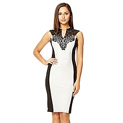 Quiz - Cream Lace Trim Bodycon Dress