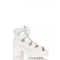 Quiz - White Lace Chunky Sandals