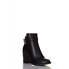 Quiz - Black pu buckle ankle boots