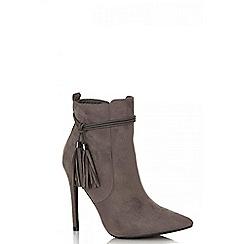 Quiz - Grey faux suede tassel boots