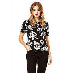 Quiz - Black crepe box top