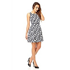 Quiz - White and blue crepe skater dress