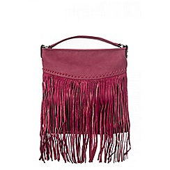Quiz - Berry tassel fringe bag