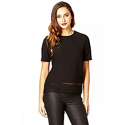Quiz - Black crepe laser cut top