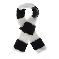 Quiz - Black and white stripe faux fur scarf